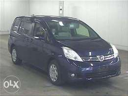 KCQ...2011 Model Toyota ISIS 7 Seater
