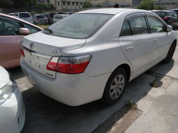 Toyota Premio KCM number 2010 model loaded with good music syste Mombasa Island - image 4