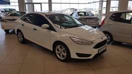 2016 Ford Focus 1.0 Ecoboost sedan Ambiente