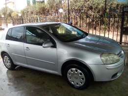 VW golf mark 5 2006 auto 1600cc like new super clean buy and drive