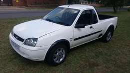 R32 000 emaculate ford bantam