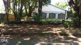House for sale in upper part of ext 4