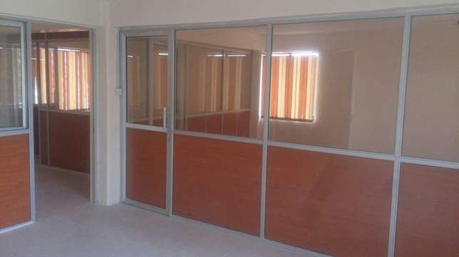 Vertical blinds and wall-to-wall carpets Kisii Town - image 2