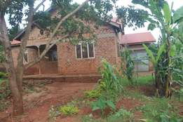 A 3 bedroom house 2.5 kilometres on Kamuli road from Jinja