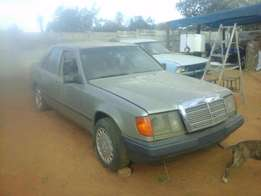 Mercedes Benz with Mitsubishi Diesel 2.5 Engine for sale