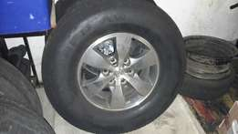 Fortuner rims with tyres for sale
