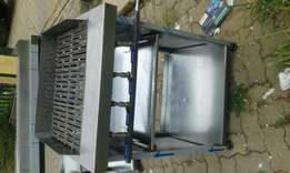 Four burner gas griller