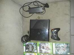 Xbox360 with 5 games
