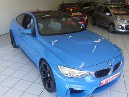 BMW M4 Coupe dct A/T