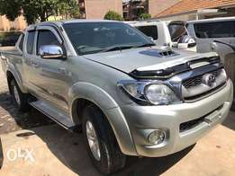 Toyota Double cab leather 2010 diesel manual 2wd/4wd