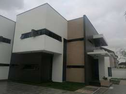 Brand new 5bedroom duplex 2rooms bq and a swimming pool in VGC200