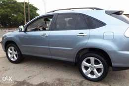 Lexus Rx330 very clean and sharp like toks, Ac chills like Moscow