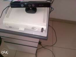 Xbox 360 and Kinect plus 10 free games