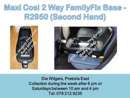 Maxi Cosi 2Way Fix Family Base- Please call after 5 pm during the week