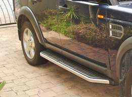 Land Rover Discovery 3 or 4 - SIDE STEPS