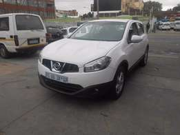 Nissan Qashqai 1.6 2014 model white in color 47000km R160000 manual