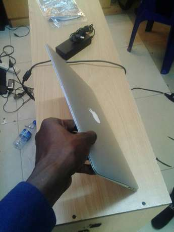 MacBook Air Core i7 Kampala - image 1
