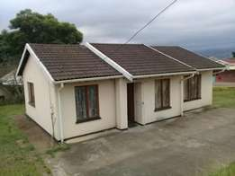 3 bedroom house tolet at imbali unit j.