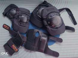 "Brand Name ""GREAT"" & BONE SHIELD Wrist Guards Roller Blading Gear!!"