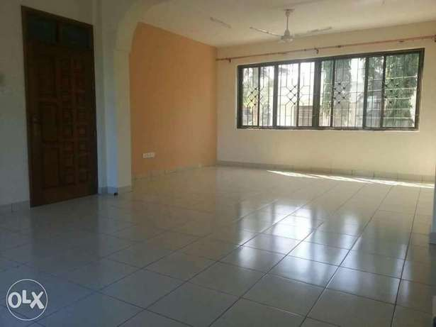 Executive newly Build 3 Bedroom Apartment for rental in NYAli Nyali - image 2