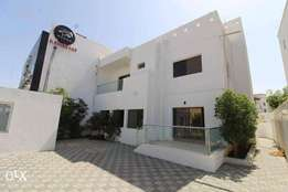 Commercial And Residential 3 Bedrooms+Maid Room Villa For Rent in Quru