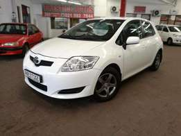 2007 Toyota Auris 140RT with ONLY 115000kms, Call Sam or Bibi