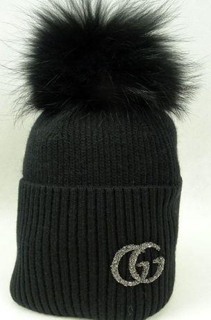 b36be476cbe07 wełniana czapka czarna szara popielata beżowa futro pompon logo Gucci  Wrocław - image 4