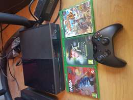 Xbox one 500gb console With 3games