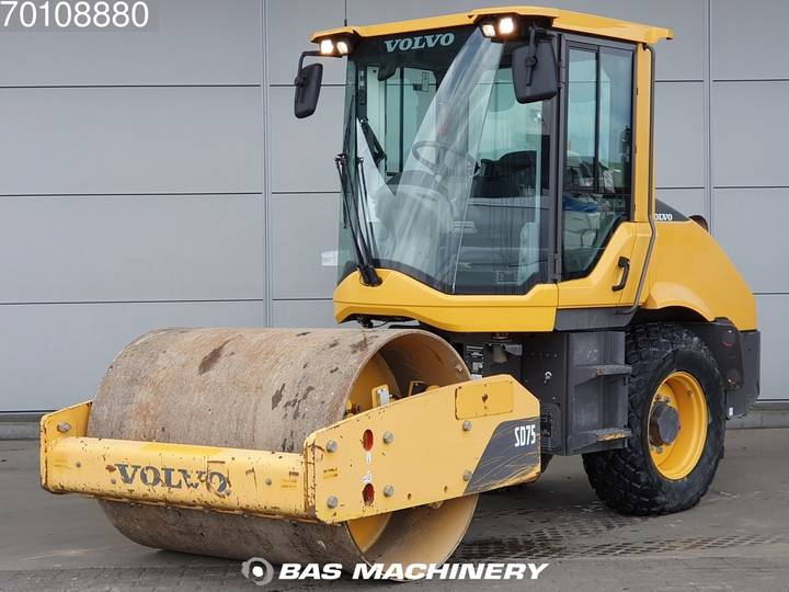 Volvo SD75 LIKE NEW - LOW HOURS - CAT CS44 - 2014
