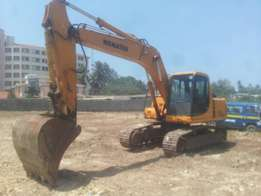 pc 200 komatso excavetor for hire and other construction machines
