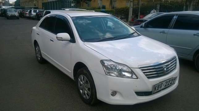 New shape well maintained Toyota premio on quick sell Nairobi CBD - image 1
