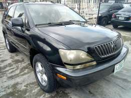 2000 model Lexus RX300 clean used