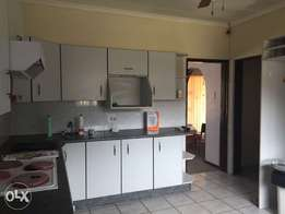 Rooms to Rent and share a kitchen students are allowed