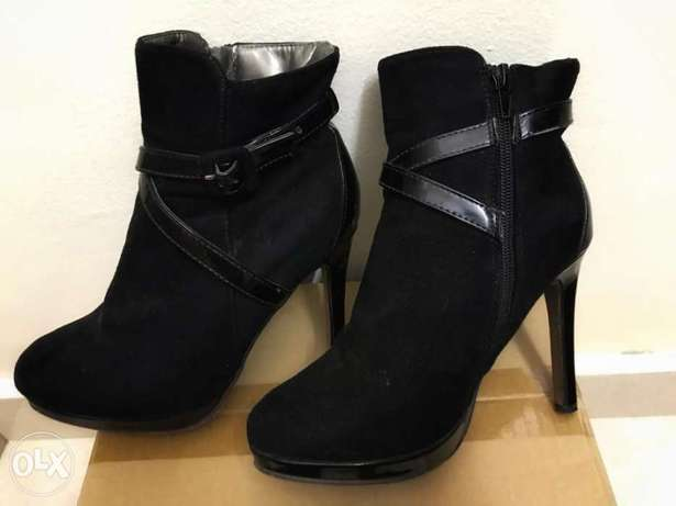 Girls heels used 4-5 times only size 37 RO. 5