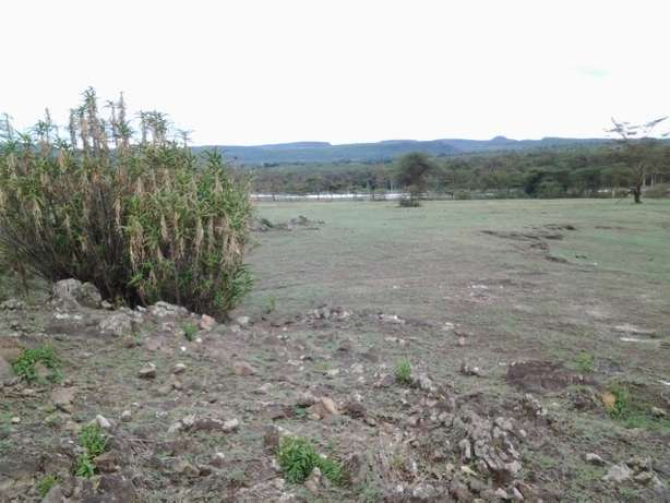 4 Acres touching Lake Elementaita for sale Elementaita - image 1