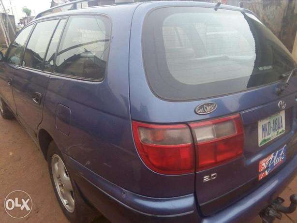A very clean and well maintained Toyota Carina E 2.0GLI Abuja - image 7