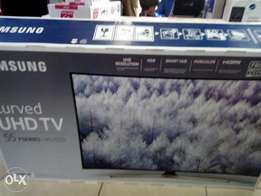 Samsung 55 inch SMART CURVED UHD tv wi