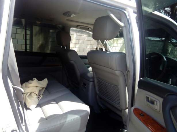Toyota Landcruiser Vx 2005 Model In immaculate Condition Karen - image 7
