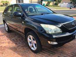 Lexus 300GS in immaculate condition engine