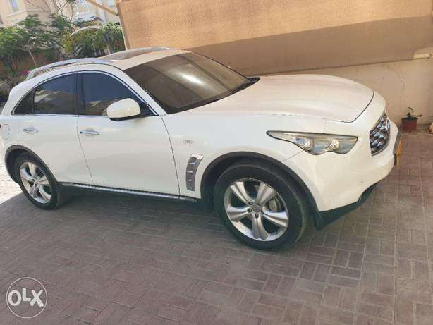 Infiniti FX 35 2011 in Excellent Condition - Lady driven Expat Owned