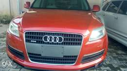 Red Foreign Used Audi Q7 2008