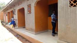 Double with an inside bathroom in Mpererwe town