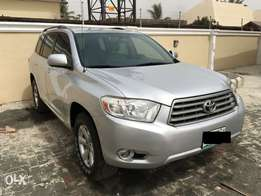 Very clean 2008 Highlander with fully paid duty.