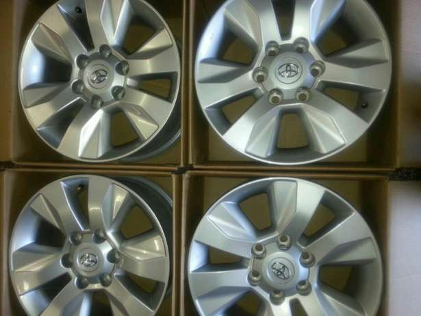 """17"""" inch mags for Toyota Hillux and Fortuners on sale a set ( 4 ) Pretoria West - image 1"""
