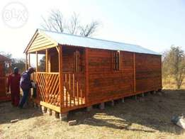 Log cabin and log home R9200