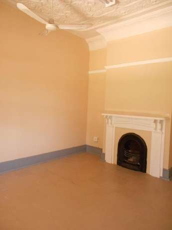 Neat & spacious rooms available in ideal Southernwood location Southernwood - image 7