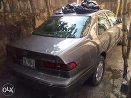 Clean Camry 1999 model