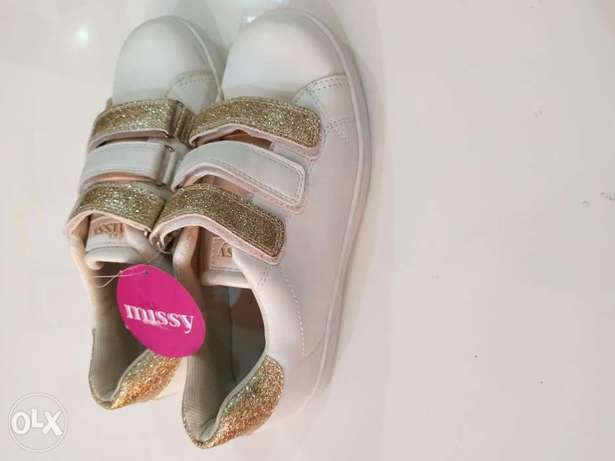 Missy White PARTY WEAR shoes (New).