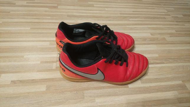 official photos a7b2e 78d5f Buty Nike do piłki halowej, rozm. 38 Nysa - image 1