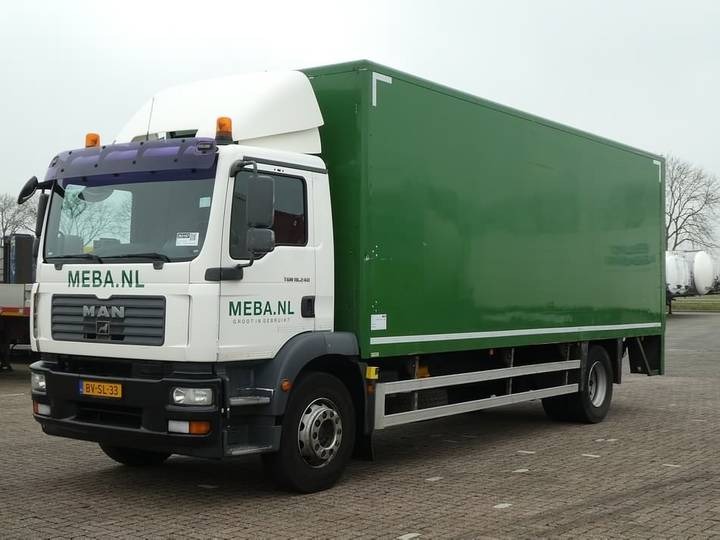 MAN 18.240 TGM bl lift 3 seats - 2009